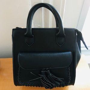 NWOT Black side body bag/clutch